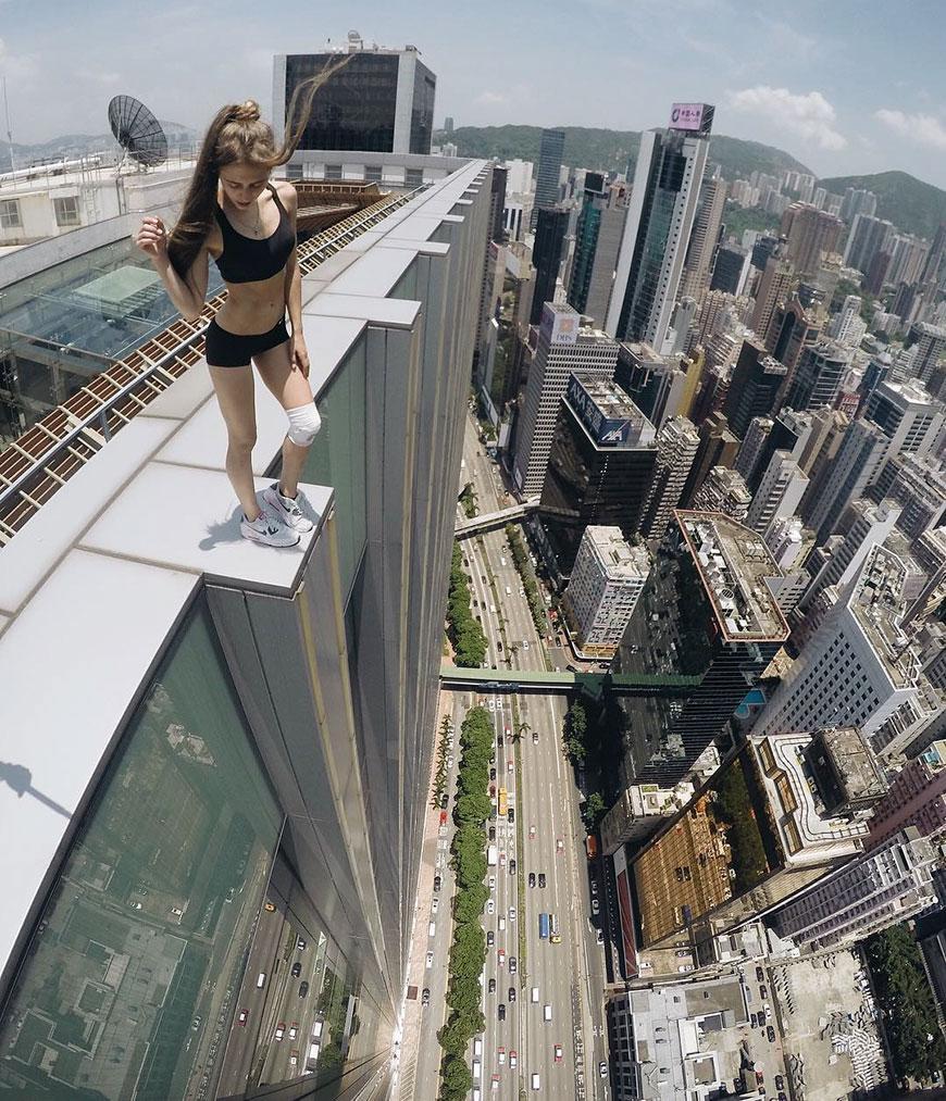 картинки человек на высоких зданиях печать фотографий