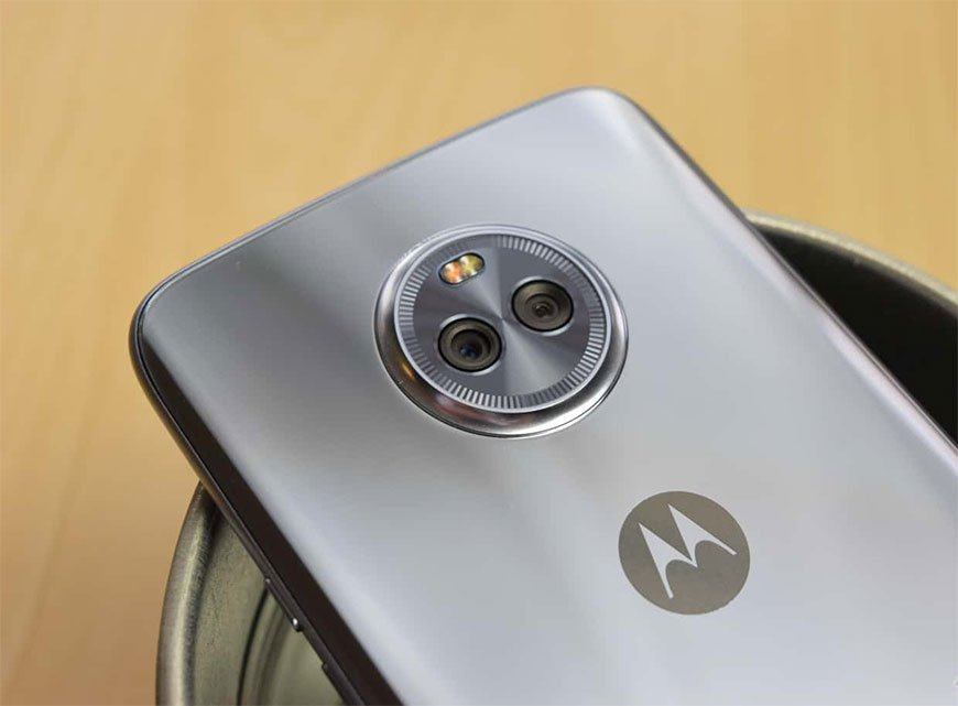 Moto X4 with 5.2-inch Display